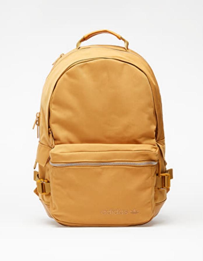 Alex Maqueeen Shoulder Bag